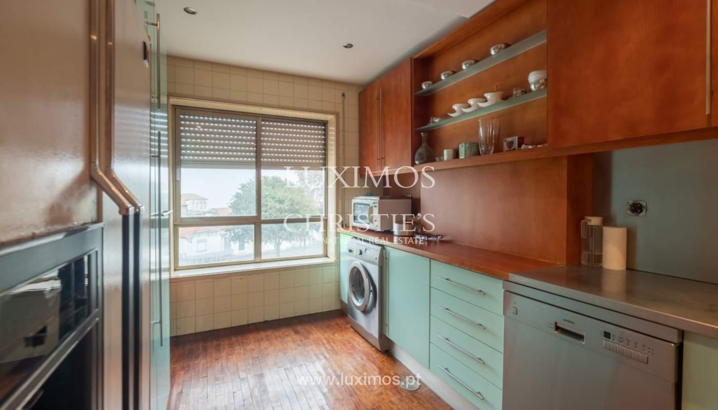 Sale apartment with balcony and river views, Aldoar, Porto, Portugal_125131
