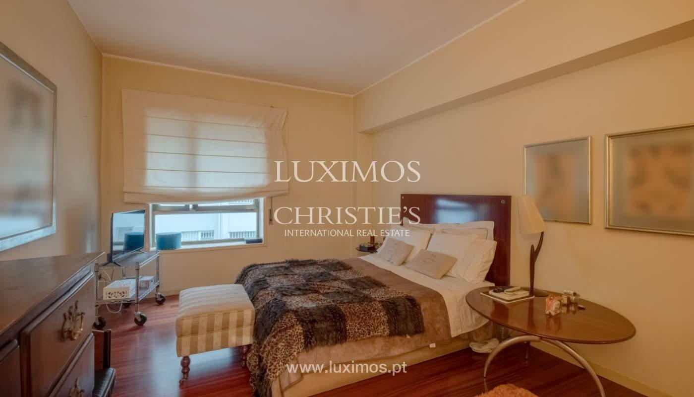 Sale apartment with balcony and river views, Aldoar, Porto, Portugal_125140