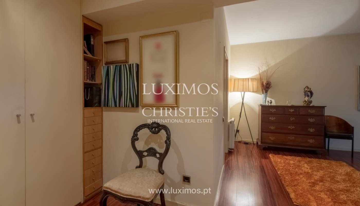 Sale apartment with balcony and river views, Aldoar, Porto, Portugal_125145