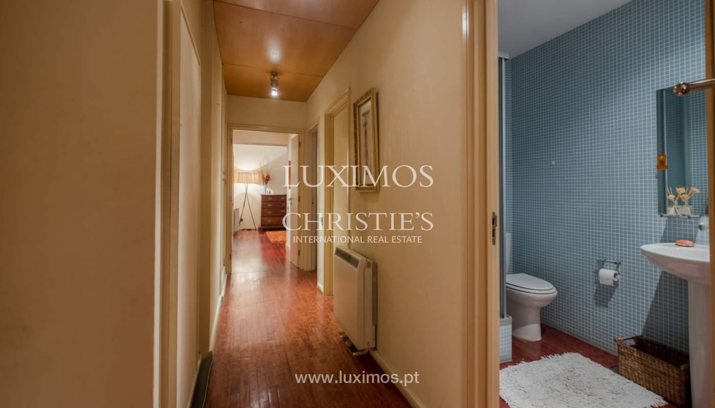 Sale apartment with balcony and river views, Aldoar, Porto, Portugal_125148