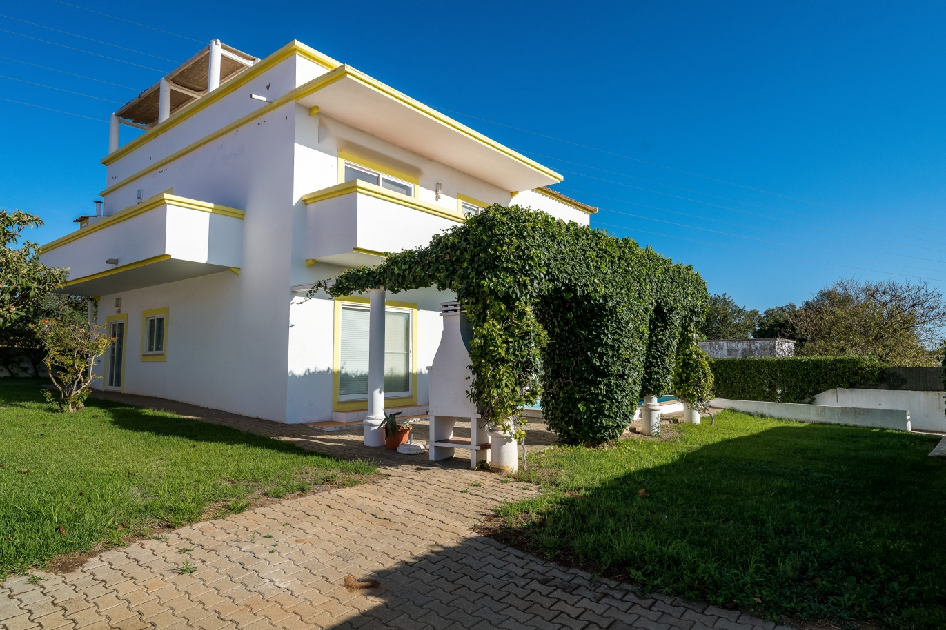 sale-of-villa-with-pool-in-altura-castro-marim-algarve-portugal