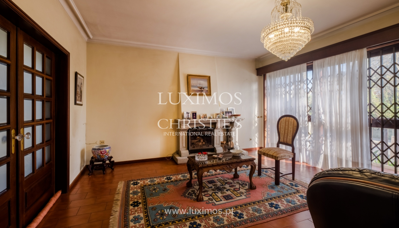 Sale of villa with garden and balconies, Foz do Douro, Portugal_126241