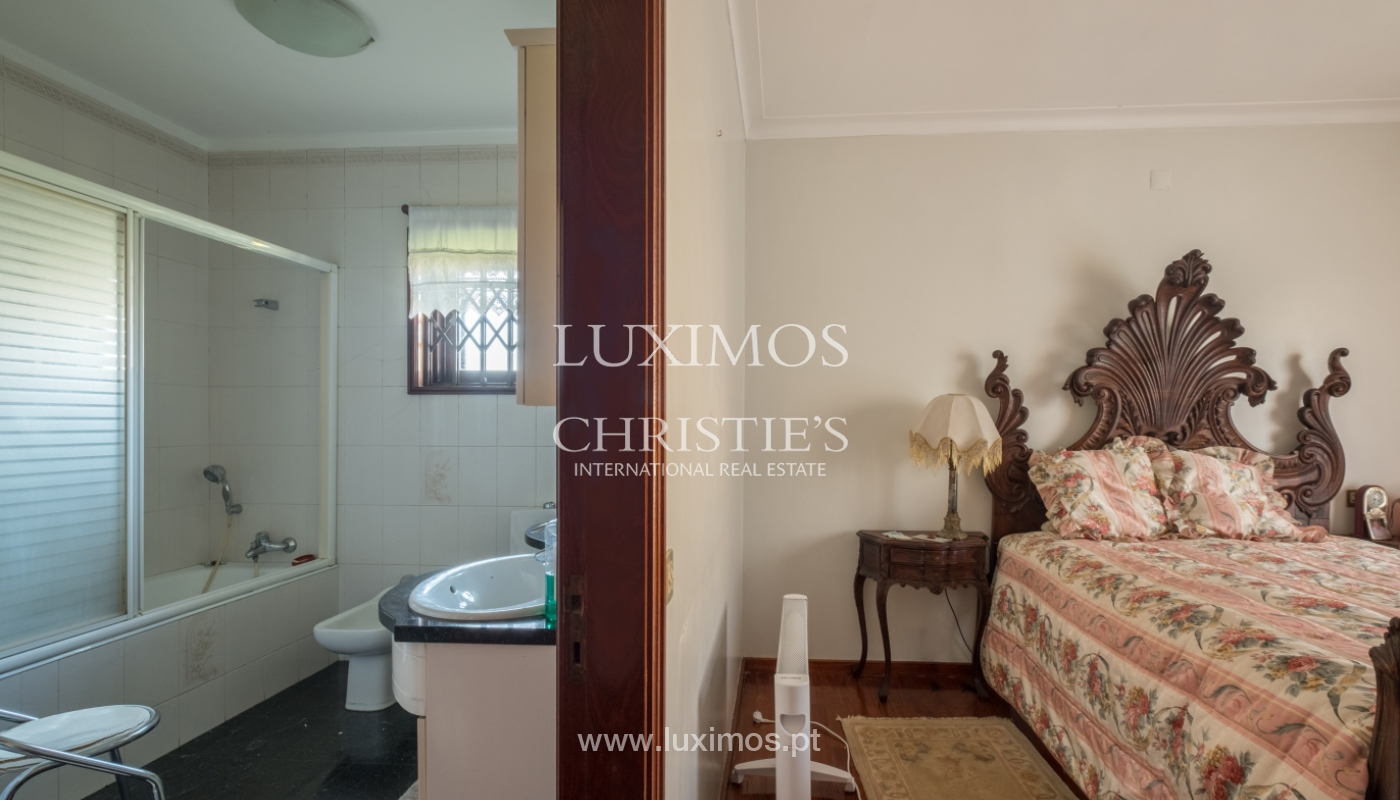 Sale of villa with garden and balconies, Foz do Douro, Portugal_126250