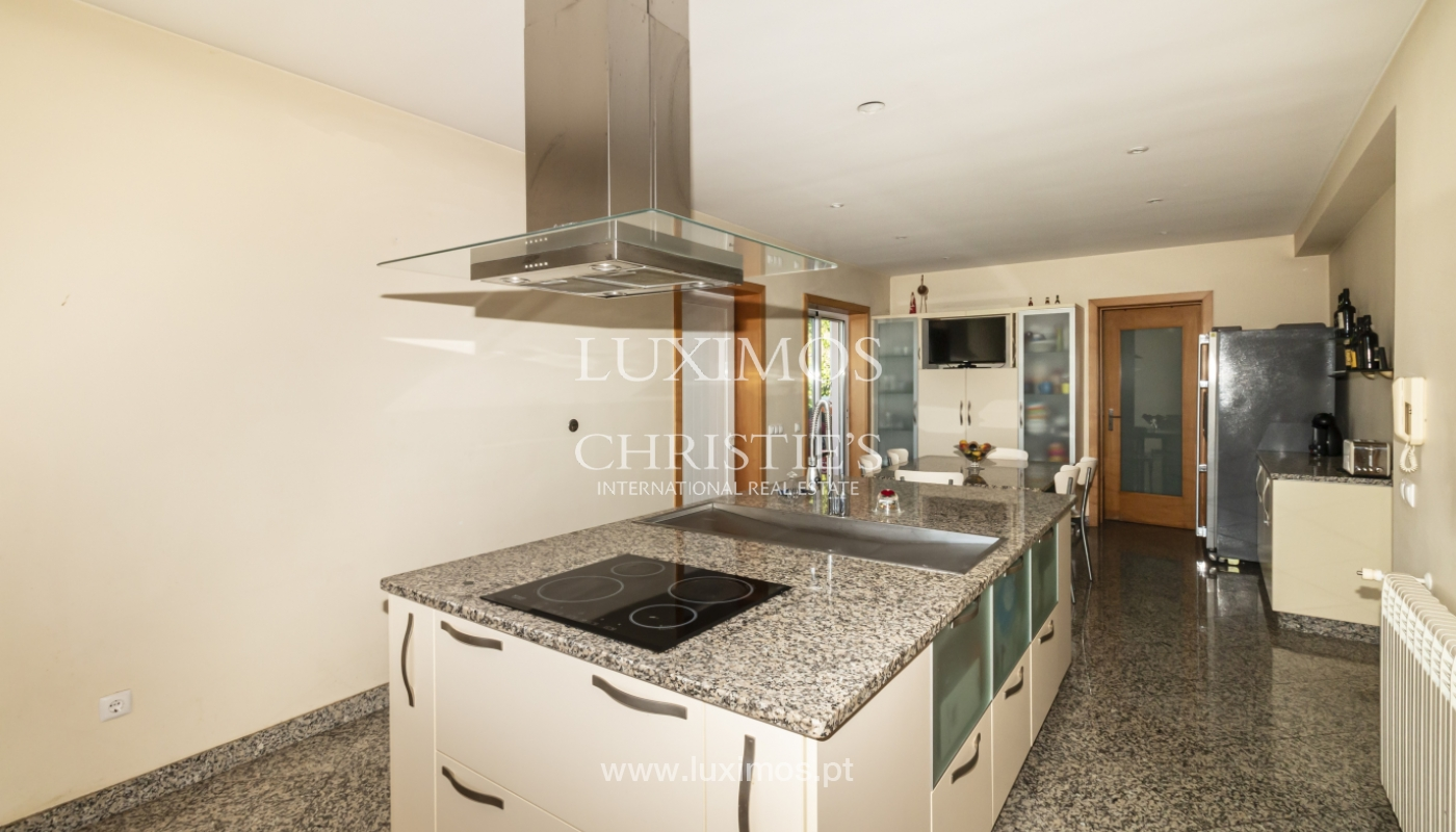 Sale of villa with swimming pool, lake and playground, Vizela, Portugal_126269