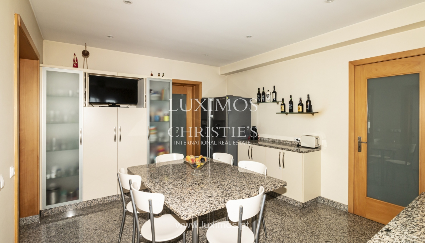 Sale of villa with swimming pool, lake and playground, Vizela, Portugal_126272
