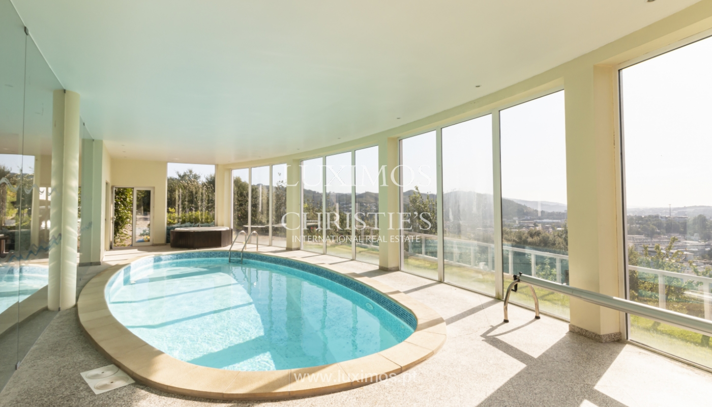 Sale of villa with swimming pool, lake and playground, Vizela, Portugal_126285
