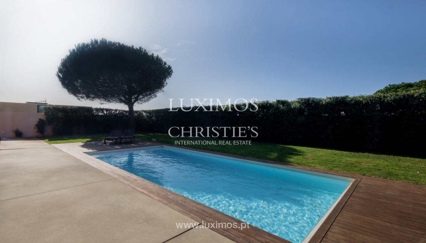 Luxury villa for sale with garden and pool, Lavra, Matosinhos, Portugal_126496