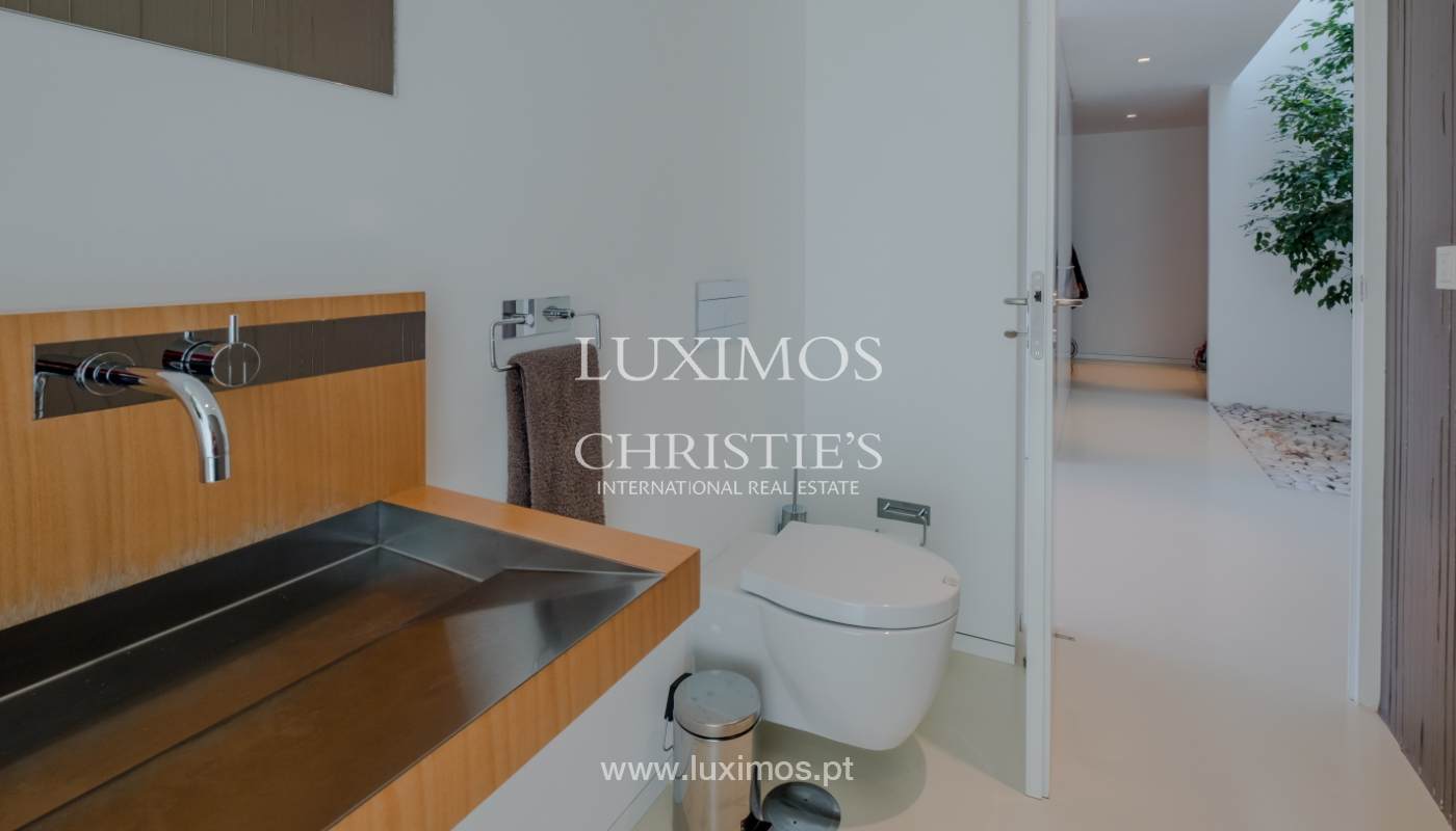 Luxury villa for sale with garden and pool, Lavra, Matosinhos, Portugal_126509