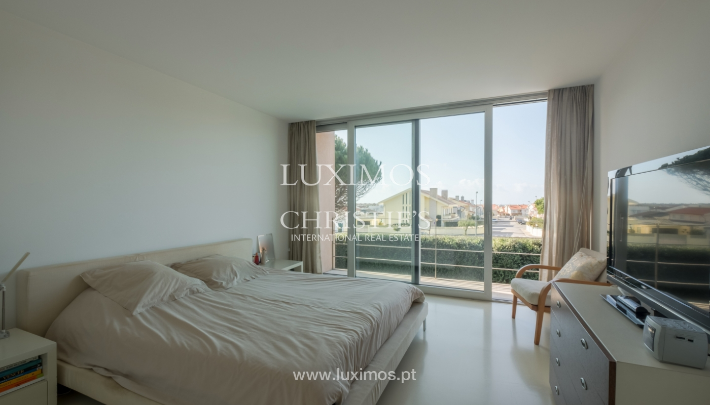 Luxury villa for sale with garden and pool, Lavra, Matosinhos, Portugal_126510