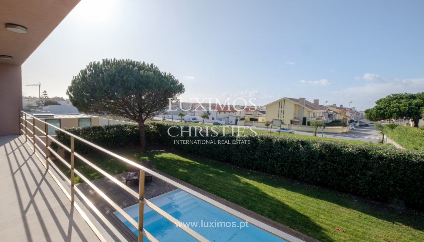 Luxury villa for sale with garden and pool, Lavra, Matosinhos, Portugal_126522