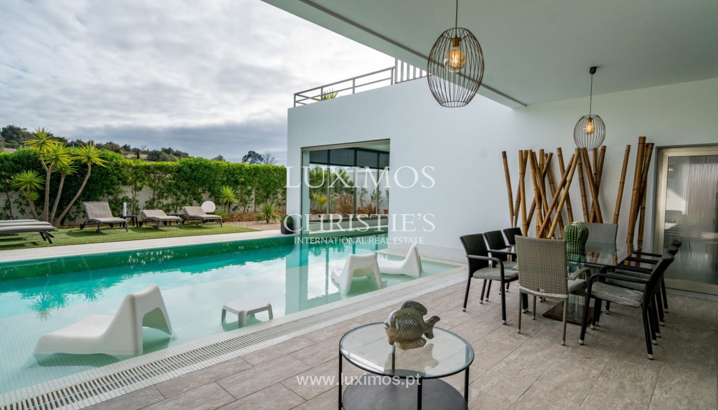 Sale of villa with pool in Porches, Lagoa, Algarve, Portugal_127057