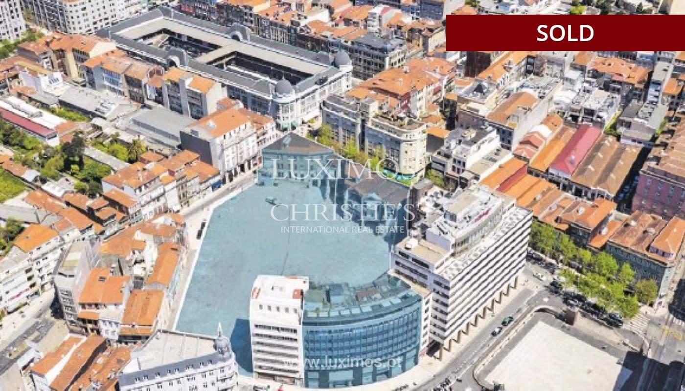 Venda de 3 prédios para reconstruir em localização prime, no Porto_127165