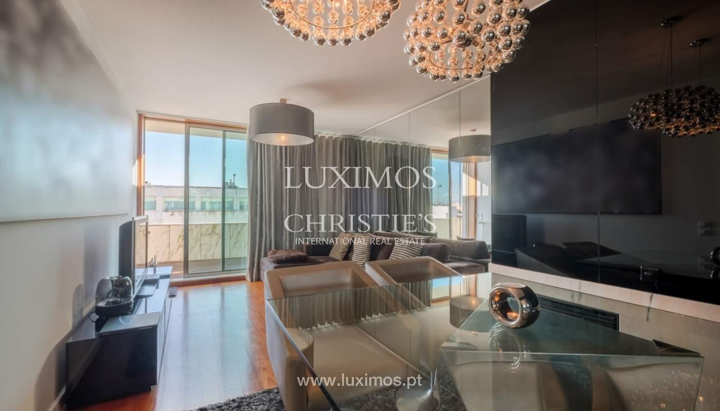 Penthouse w/ balcony for sale, 1st line of sea, Leça Palmeira, Portugal_127444