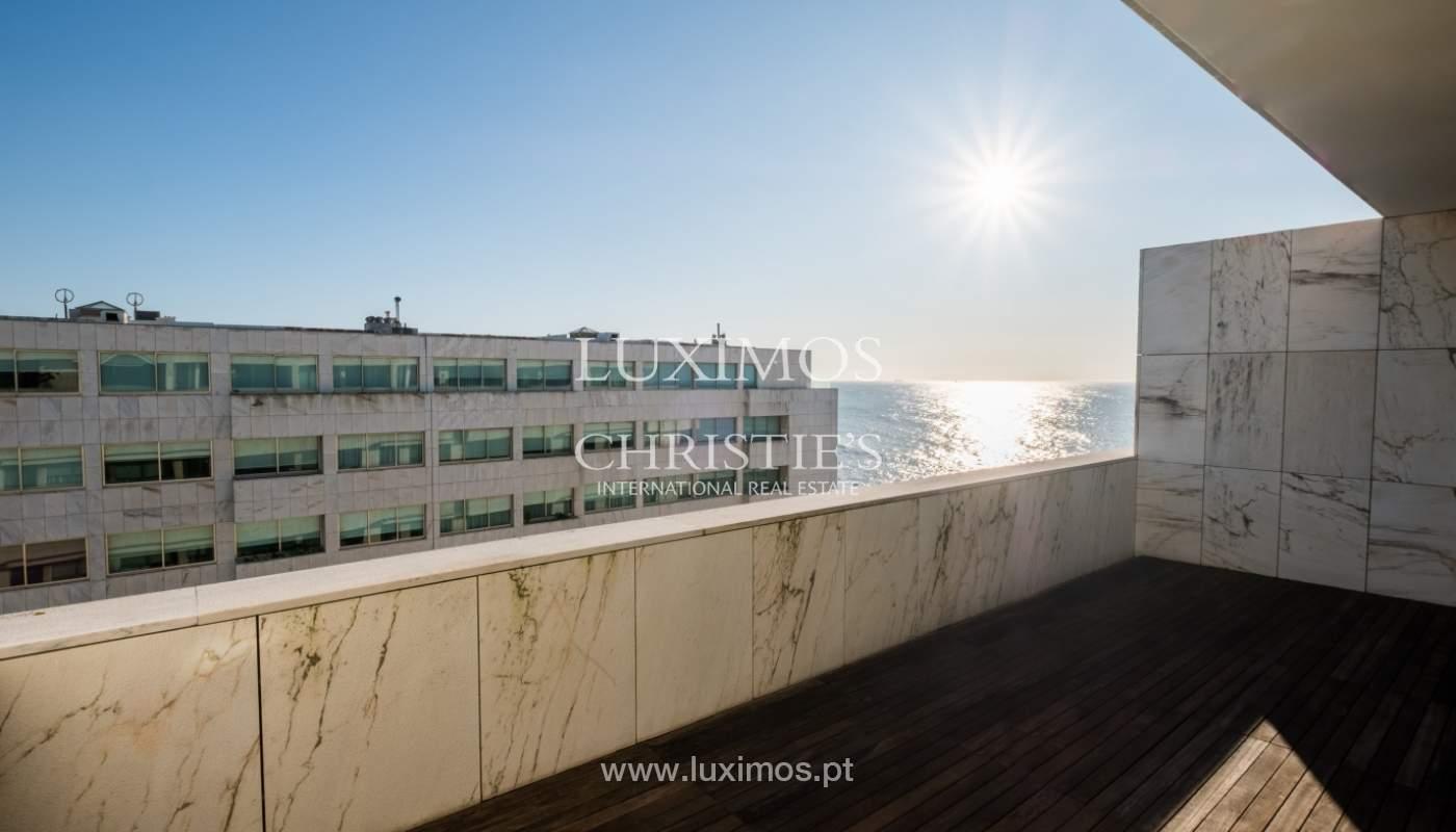 Penthouse w/ balcony for sale, 1st line of sea, Leça Palmeira, Portugal_127449