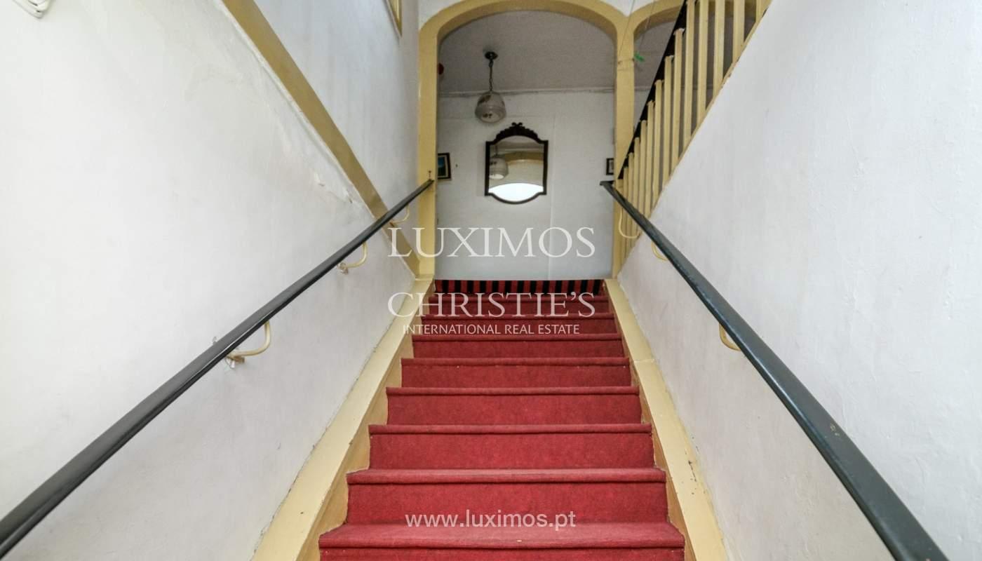 Verkauf der Villa zum Umbau mit Terrasse, Porto, Portugal_127674