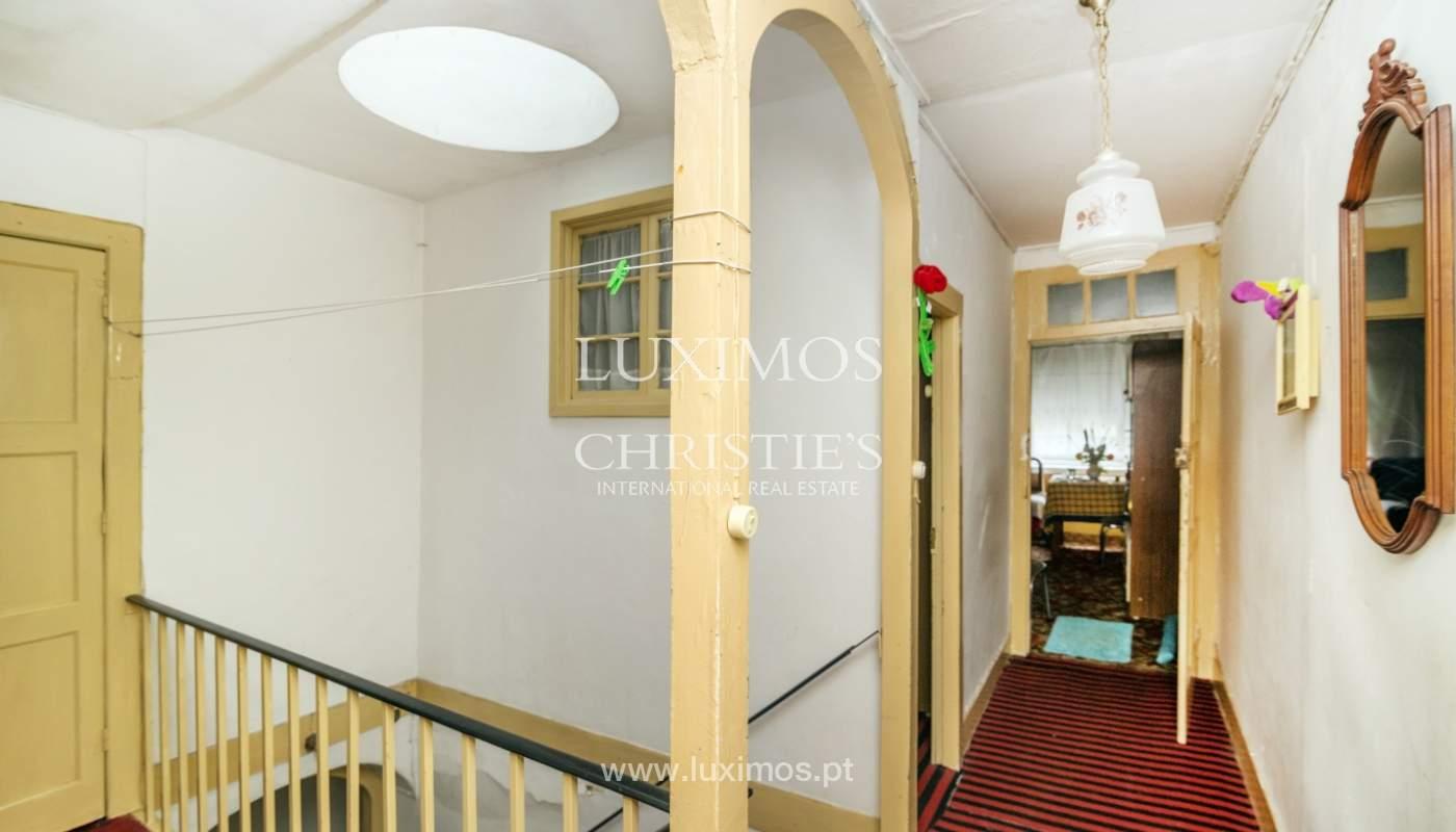 Verkauf der Villa zum Umbau mit Terrasse, Porto, Portugal_127676