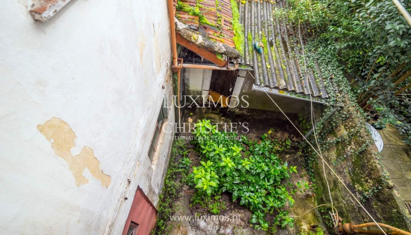 Verkauf der Villa zum Umbau mit Terrasse, Porto, Portugal_127683