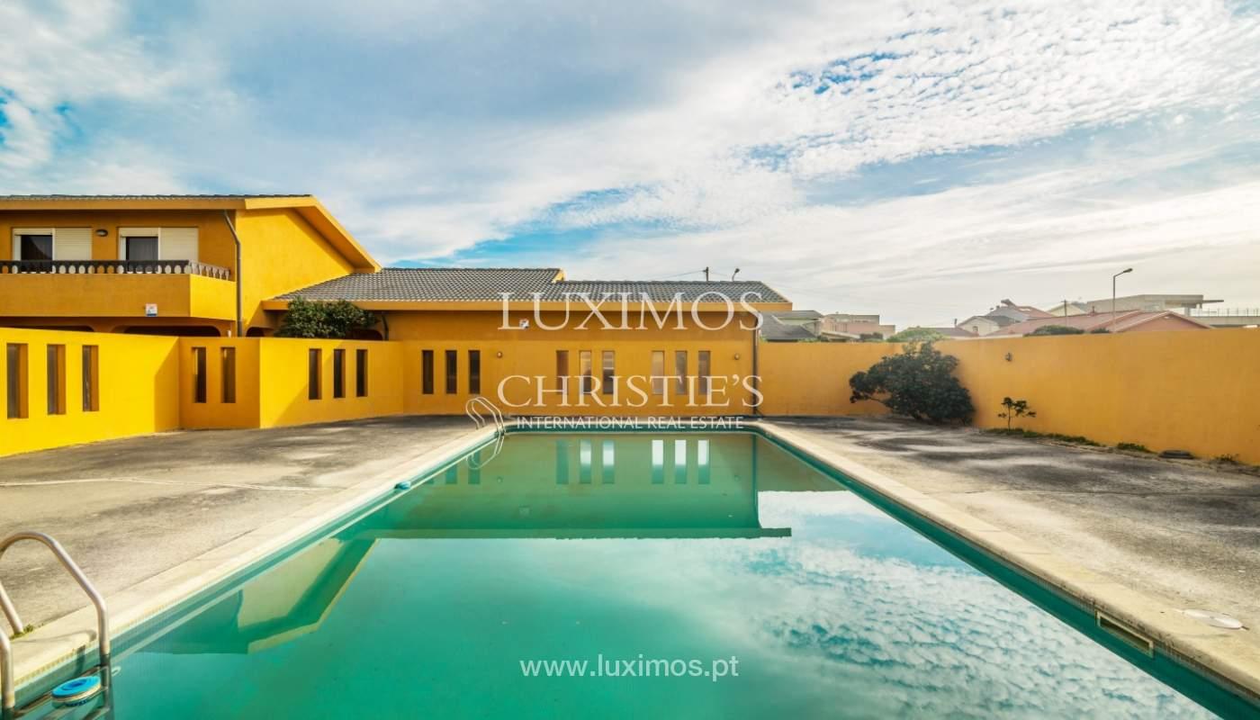 Villa à vendre avec piscine, en 1ère ligne de mer, Mindelo, Portugal_127691