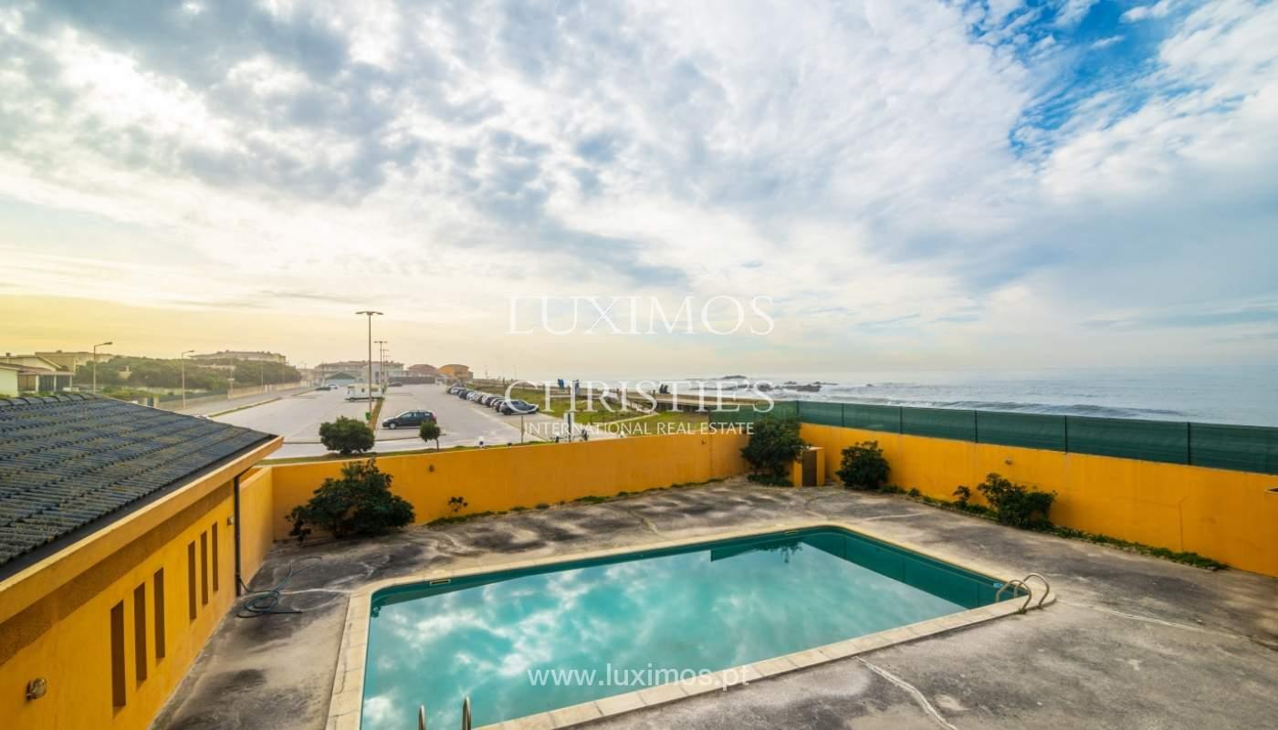 Villa à vendre avec piscine, en 1ère ligne de mer, Mindelo, Portugal_127697