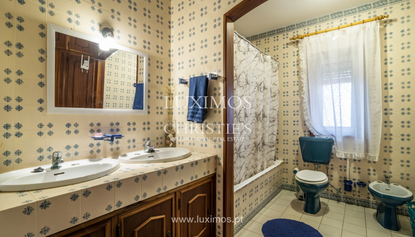 Sale of villa with swimming pool, in 1st line of sea, Mindelo, Portugal_127704