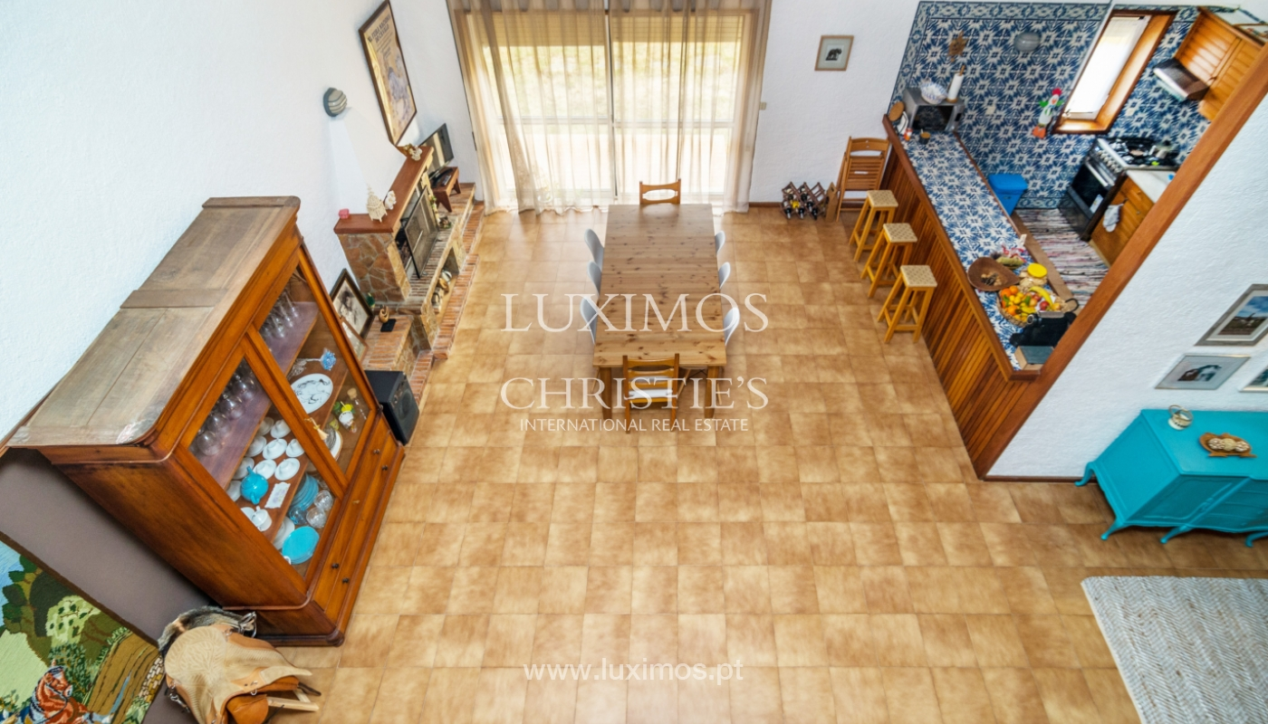 Sale of villa with swimming pool, in 1st line of sea, Mindelo, Portugal_127711