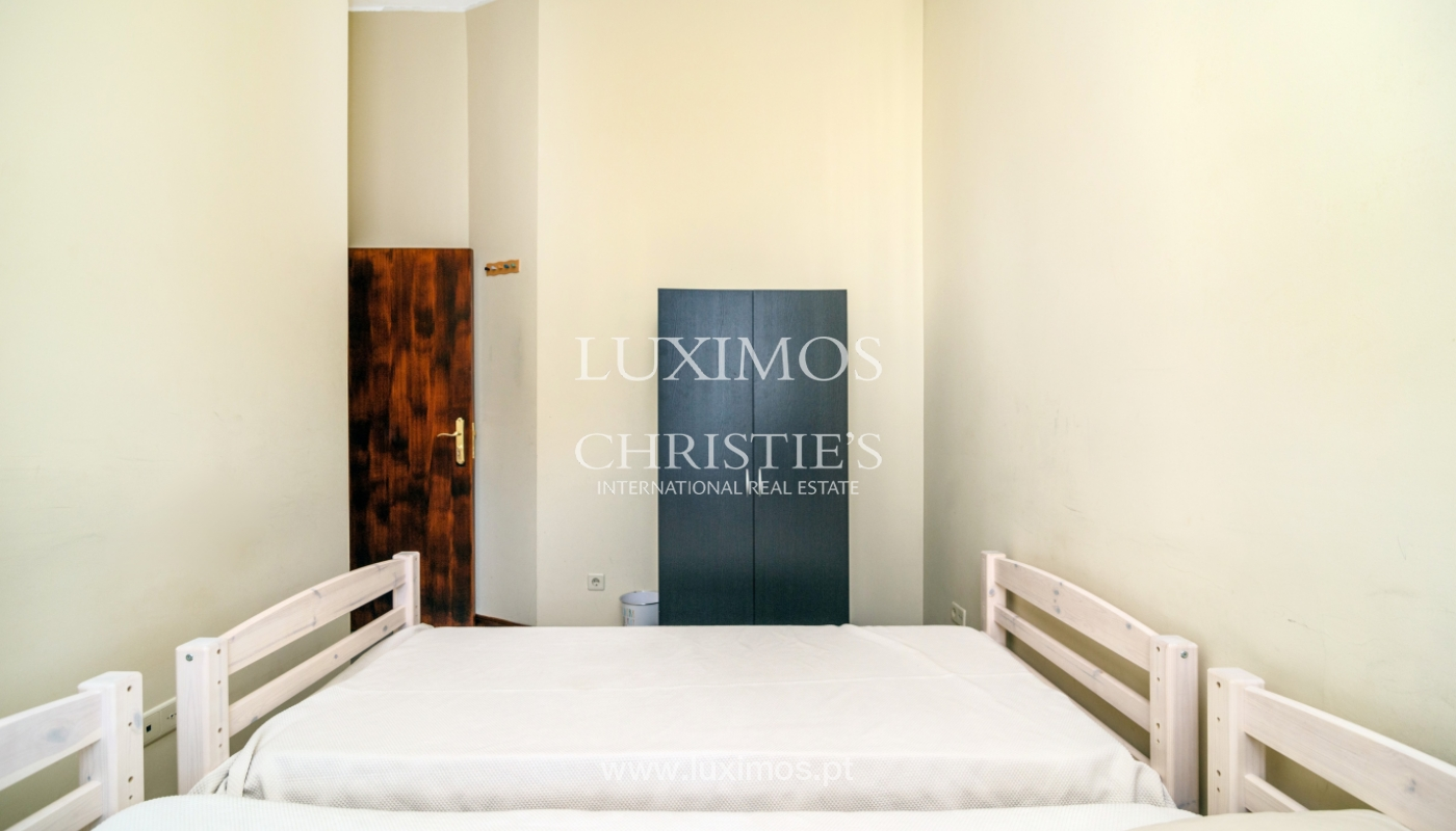 Sale of building in the historical center of Porto, Portugal_127735