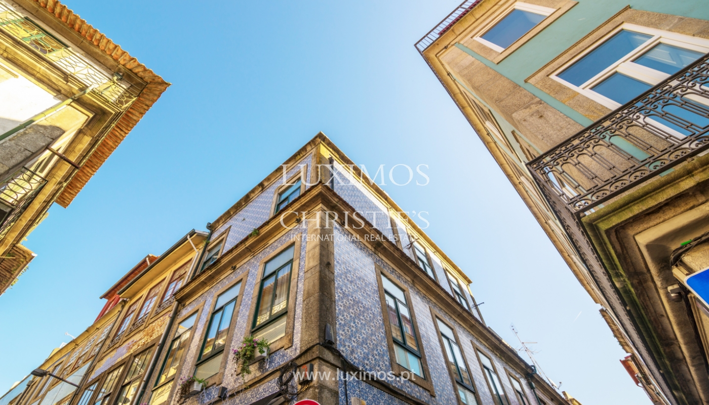 Sale of building in the historical center of Porto, Portugal_127740