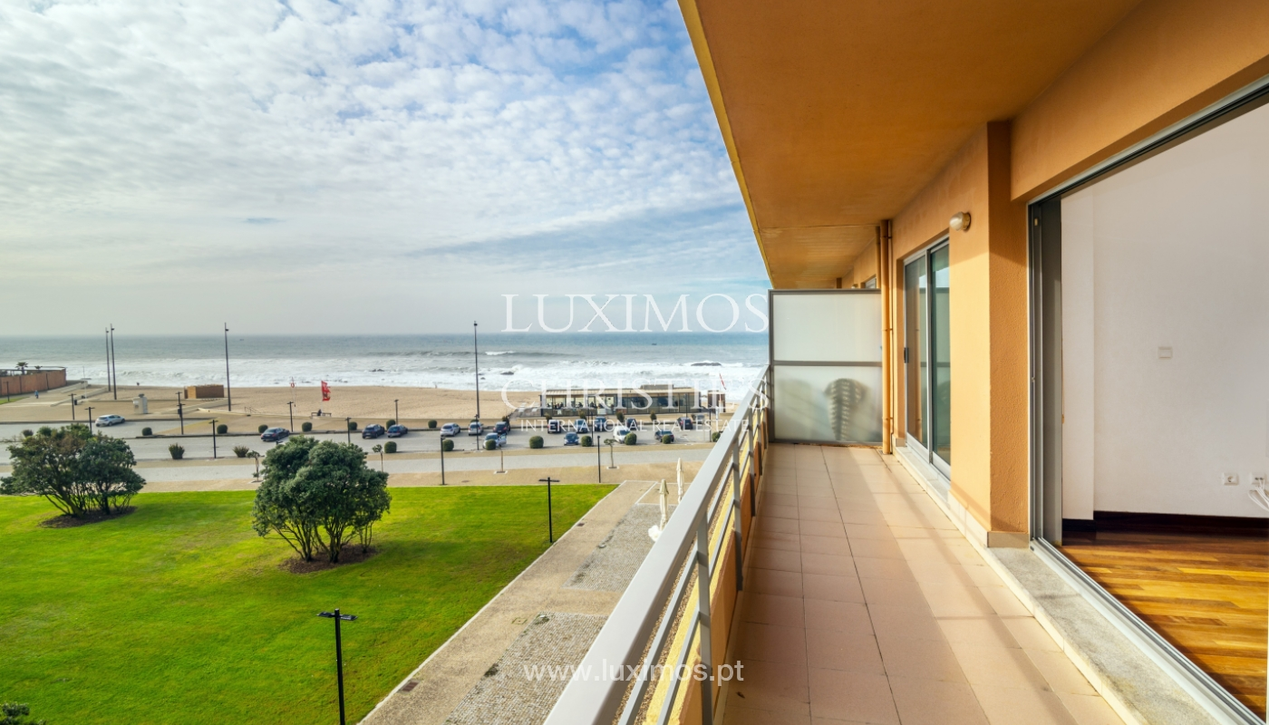 Sale of modern apartment with ocean views, Póvoa de Varzim, Portugal_128174