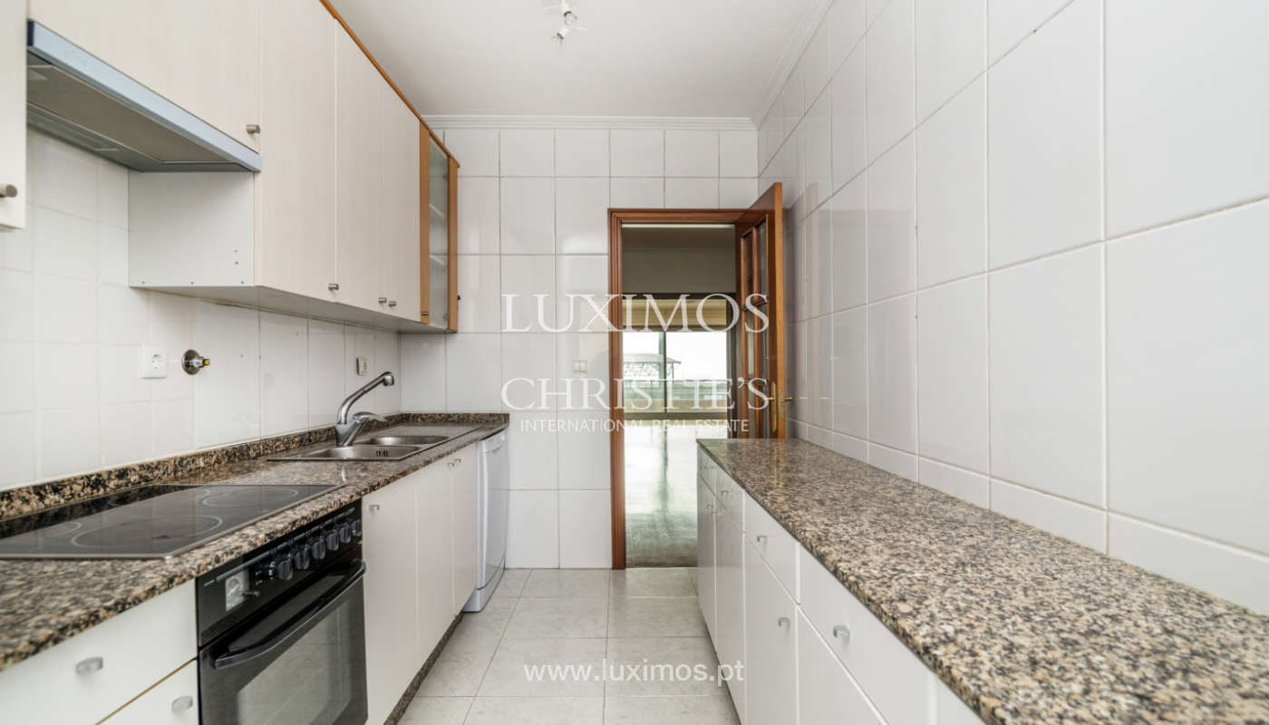 Sale of modern apartment with ocean views, Póvoa de Varzim, Portugal_128185