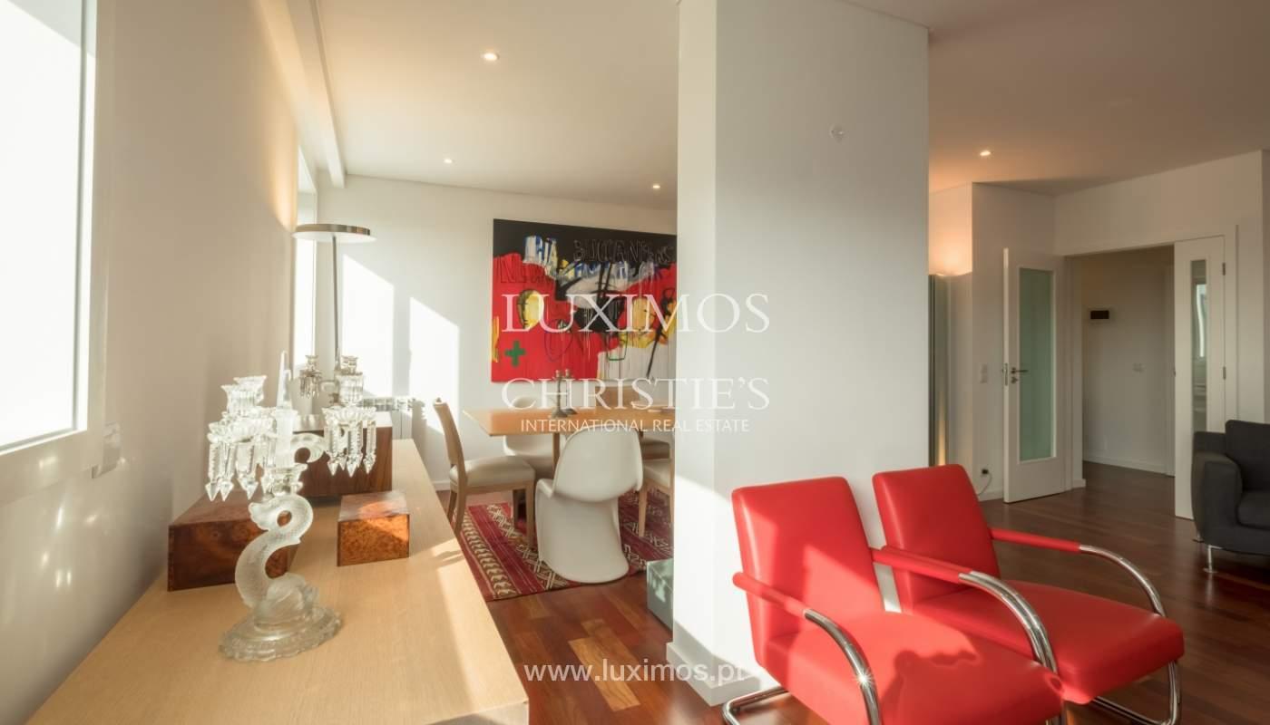 Apartamento novo e moderno, com vistas mar, no Porto, junto à Boavista_128293