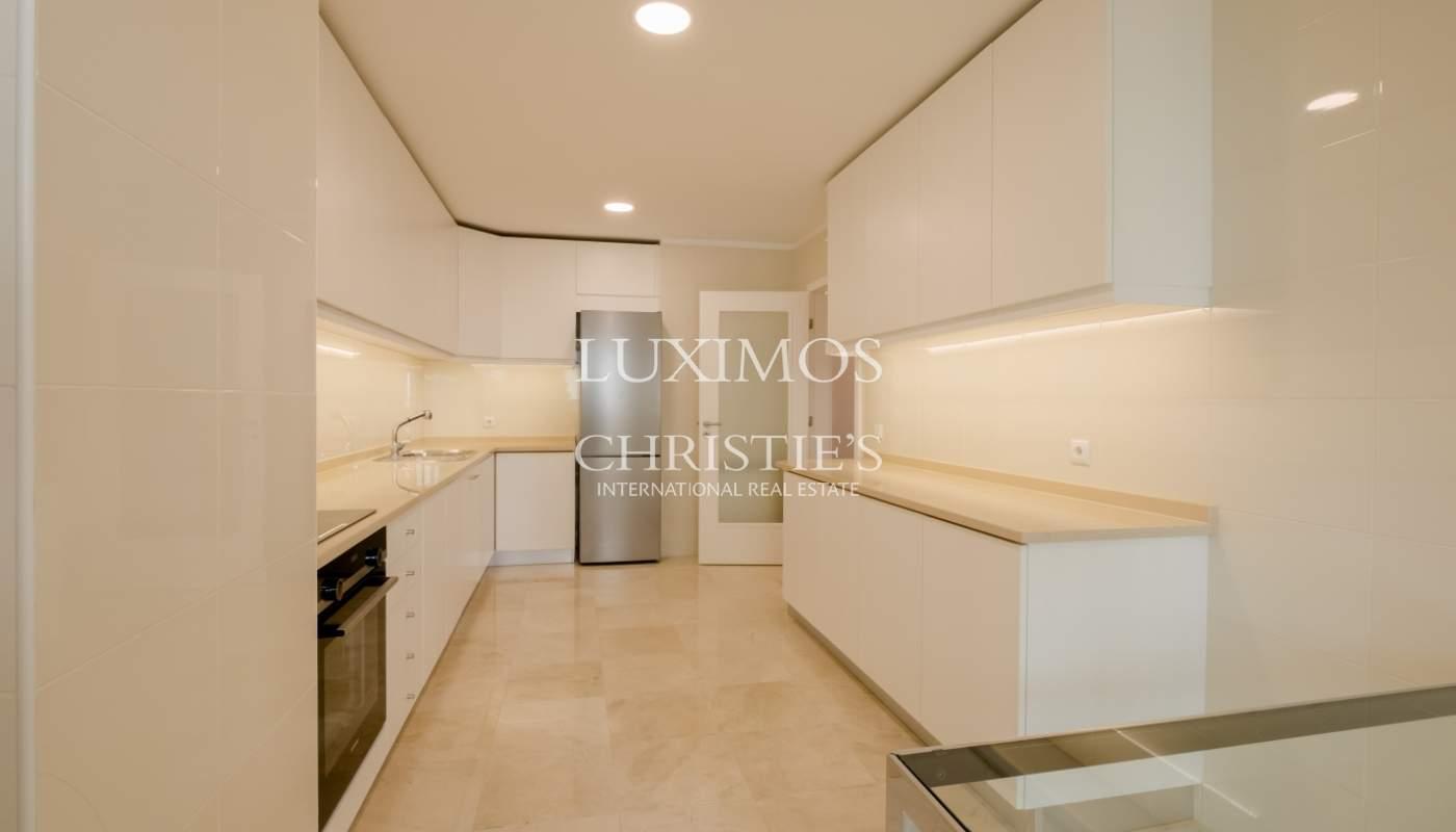 Neue und moderne Wohnung, zu verkaufen in Porto, in der Nähe von Boavista_128602
