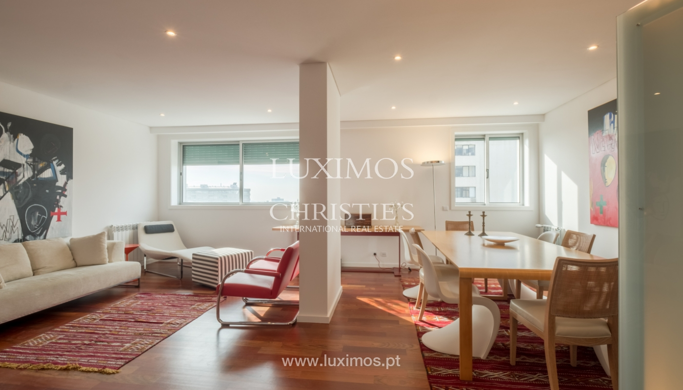 Appartement neuf et moderne, à vendre à Porto, près Boavista, Portugal_128812