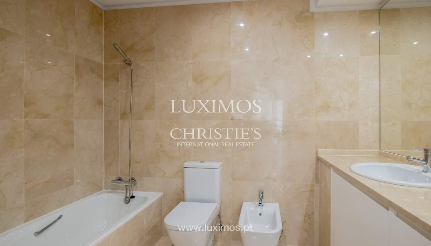 Appartement neuf et moderne, à vendre à Porto, près Boavista, Portugal_128826