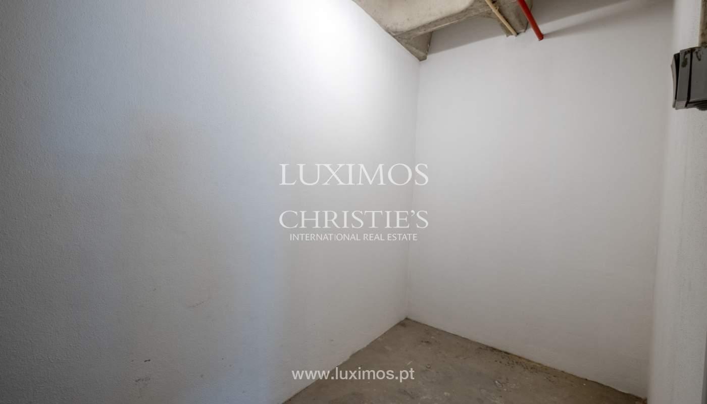 Appartement neuf et moderne, à vendre à Porto, près Boavista, Portugal_128842
