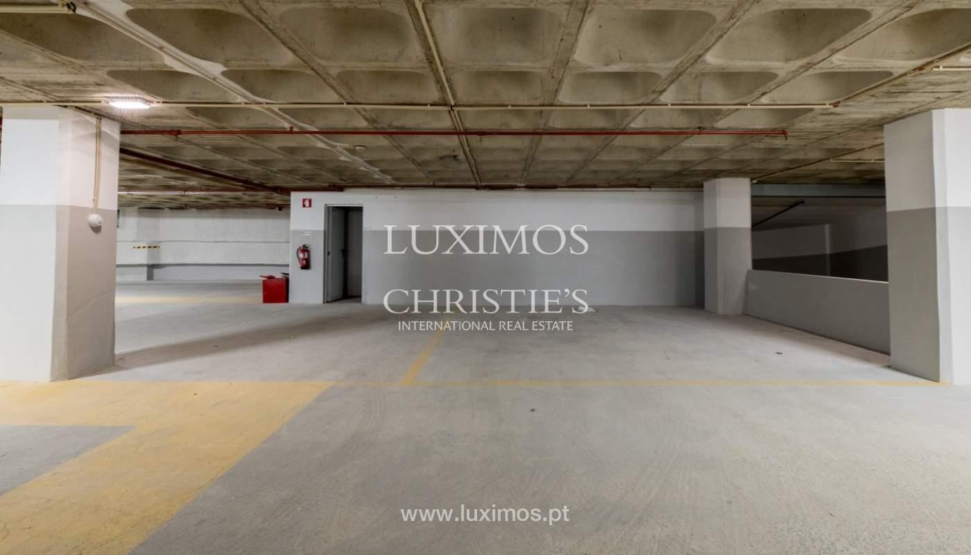 Appartement neuf et moderne, à vendre à Porto, près Boavista, Portugal_129089