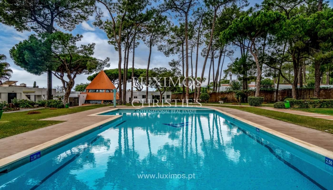 Venta de villa en condominio cerrado en Vilamoura, Algarve, Portugal_129408