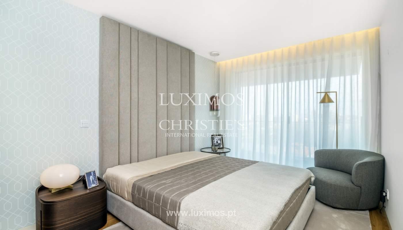 Apartamento novo e moderno, V. N. Gaia, Porto_130014