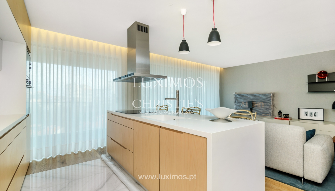 New and modern apartment, V. N. Gaia, Porto_130159