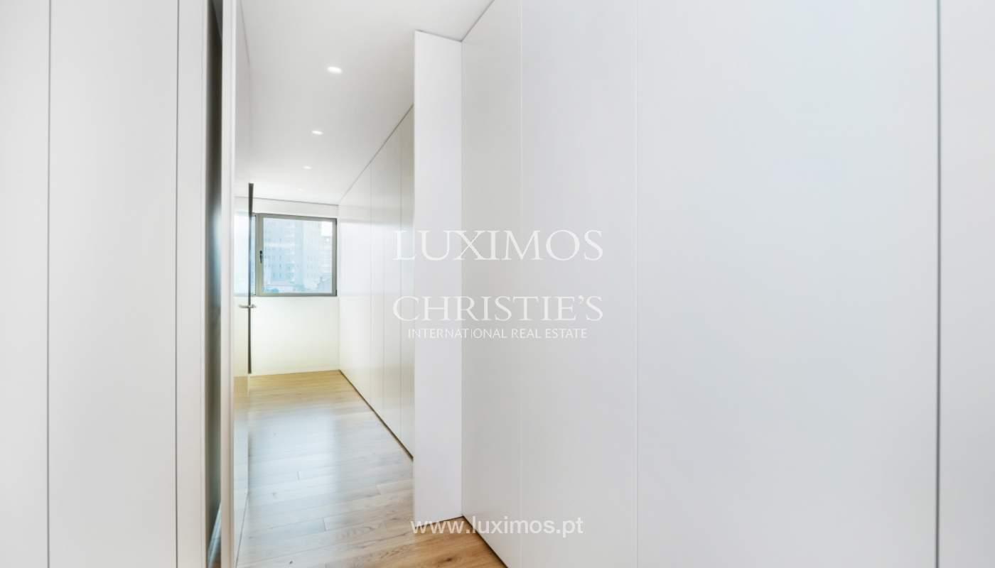 Apartamento novo e moderno V. N. Gaia, Porto_130209