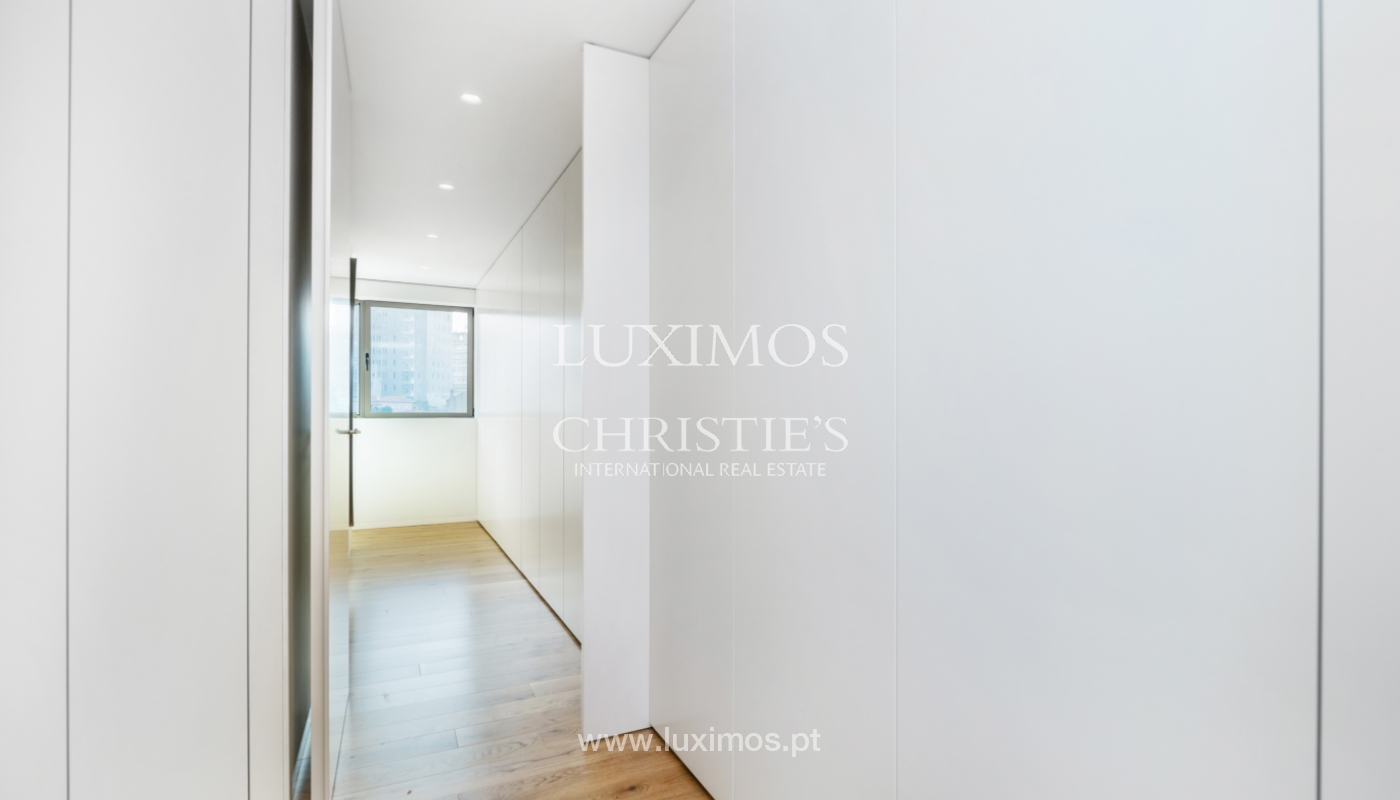 Apartamento novo e moderno, V. N. Gaia, Porto_130460