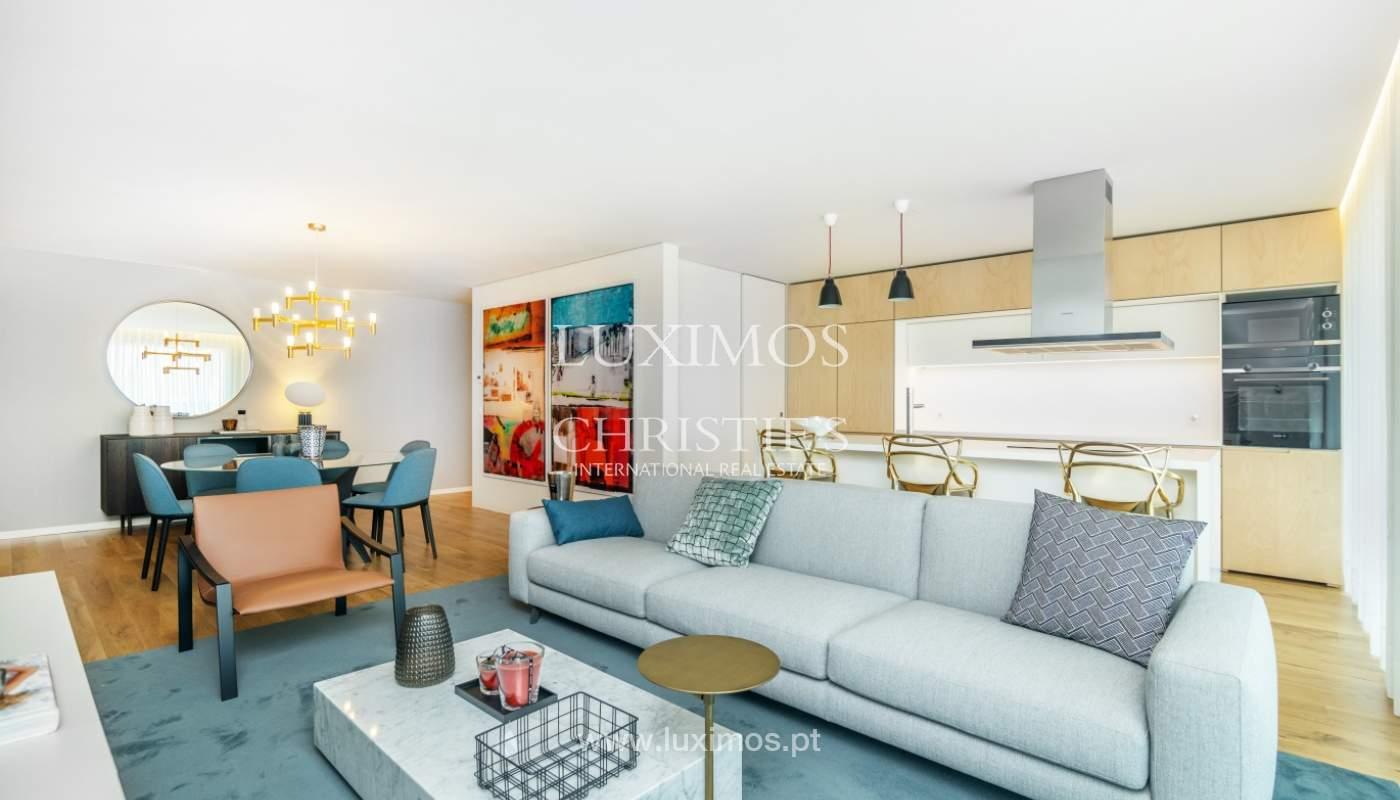 Apartamento novo e  moderno, V. N. Gaia, Porto_130727