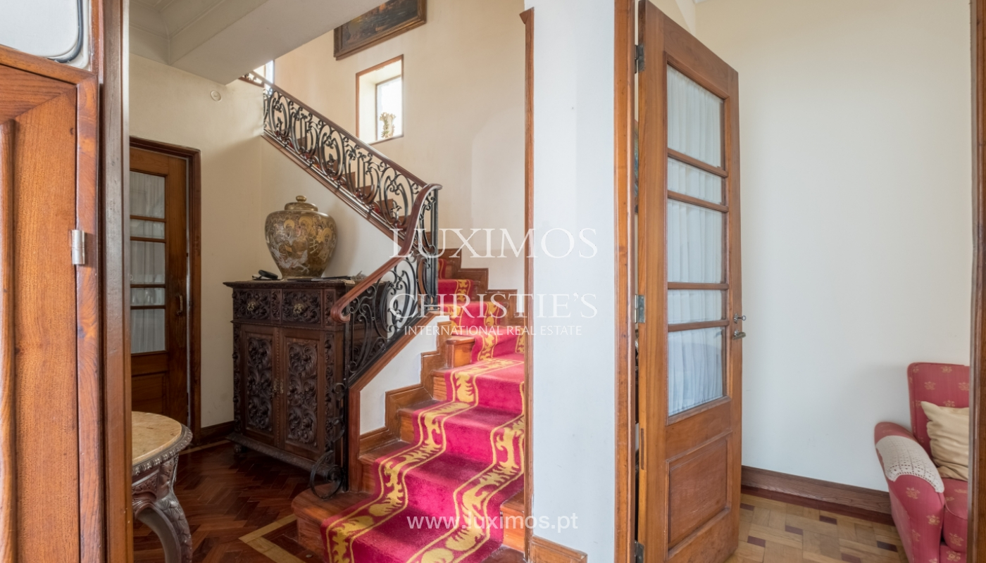 Sale of house with garden space, in prime area of Porto, Portugal_130794