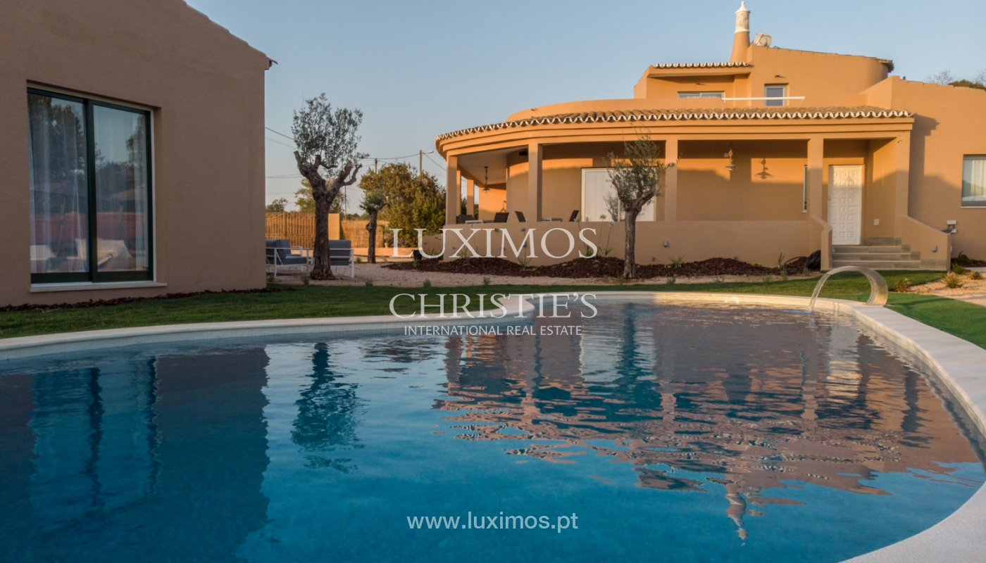 Sale of Villa with pool and garden close to Albufeira, Algarve._131401