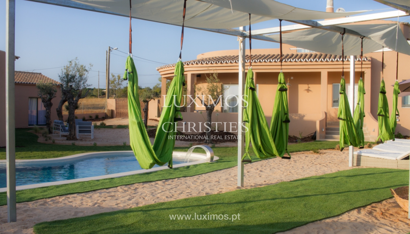 Sale of Villa with pool and garden close to Albufeira, Algarve._131413