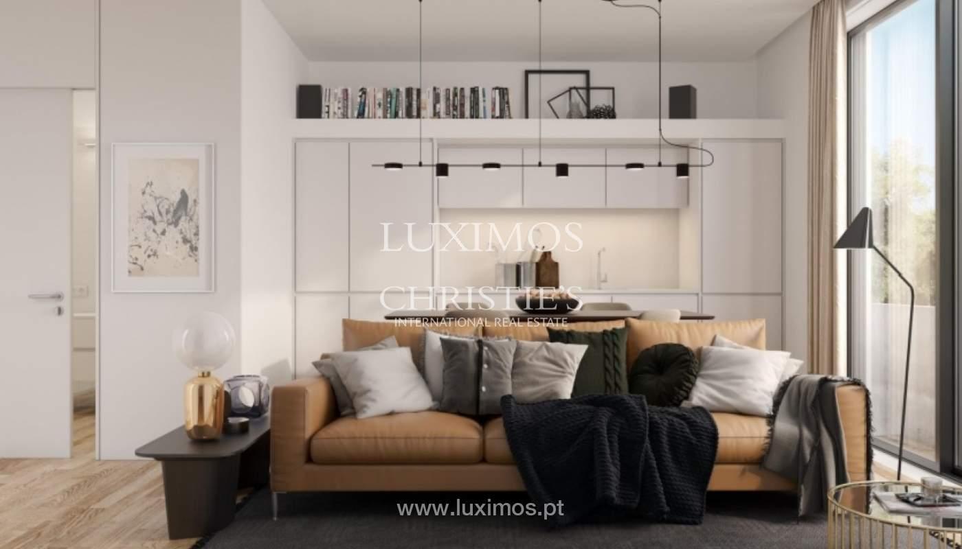 Nuevo y moderno apartamento con balcón, Porto, Portugal_131584