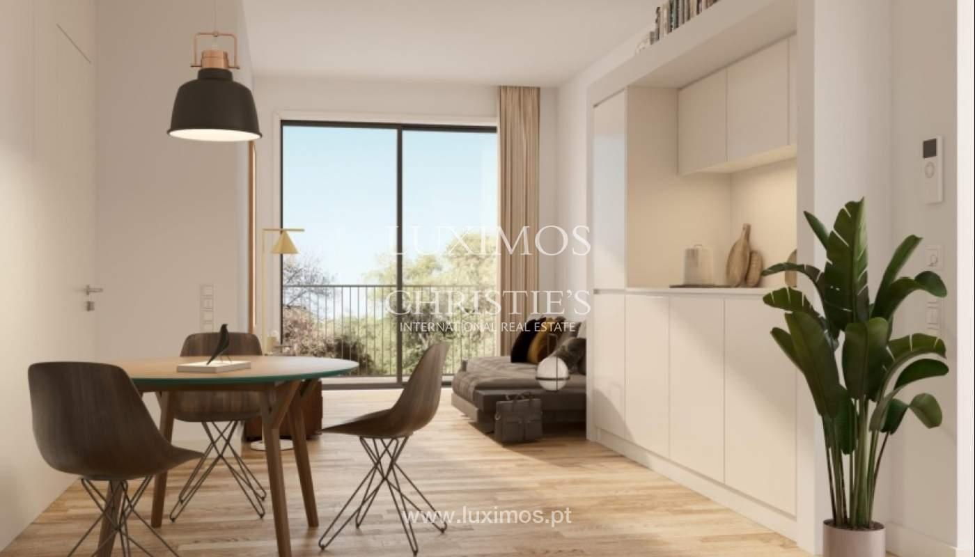 Nuevo y moderno apartamento con balcón, Porto, Portugal_131586