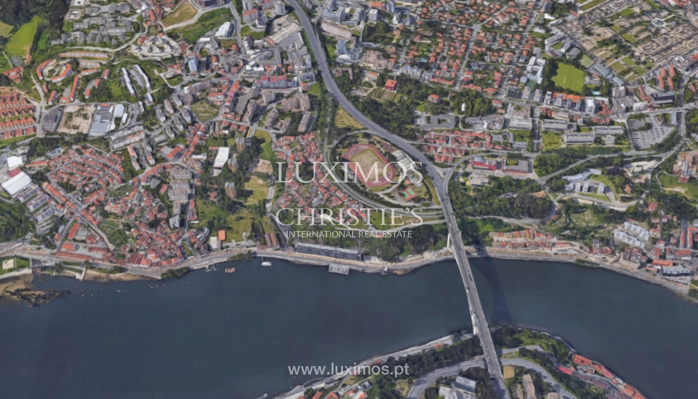 Sale of luxury apartment with river front, Porto, Portugal_131638