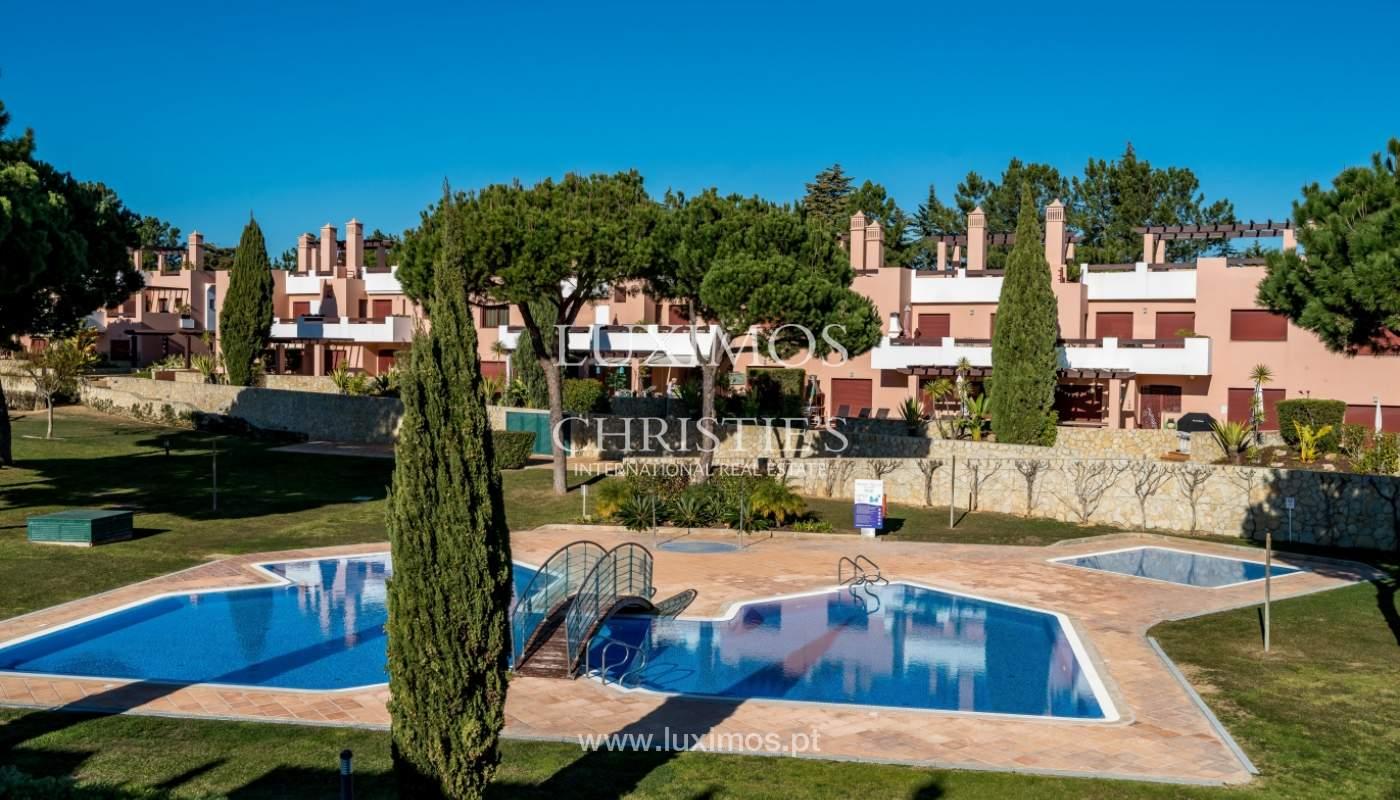 Venda de moradia em condomínio fechado em Quarteira, Algarve, Portugal_131775