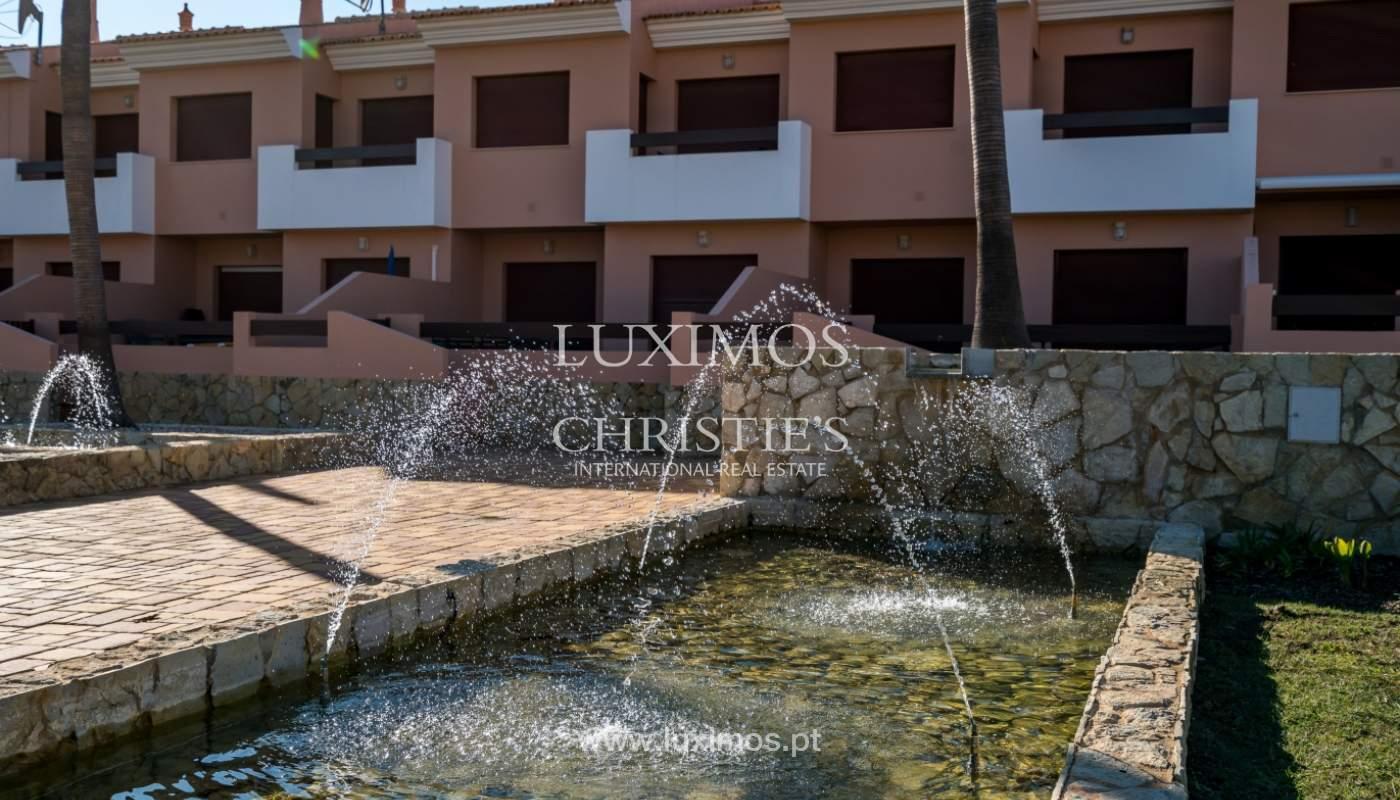Venda de moradia em condomínio fechado em Vila Sol, Quarteira, Algarve_131788