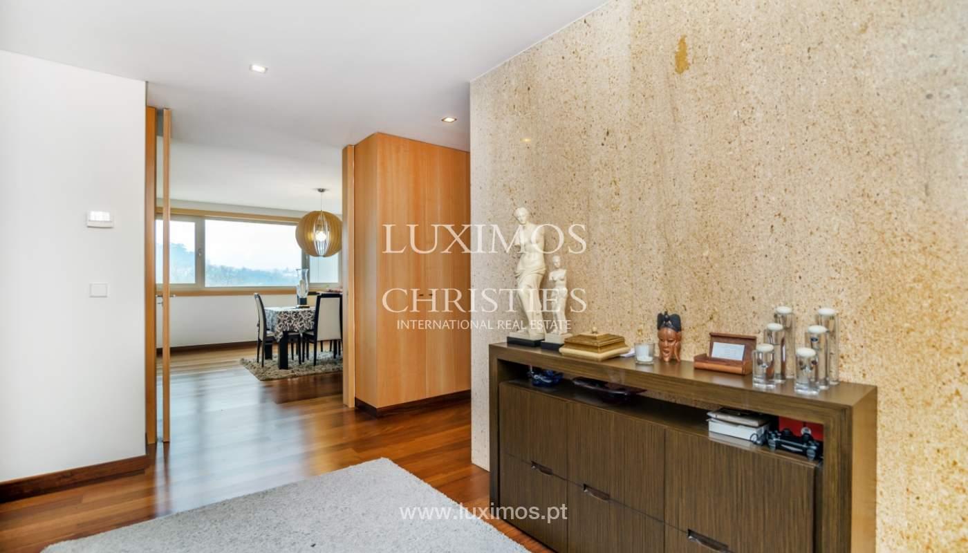 Fantastische Wohnung mit Flussblick in privater Eigentumswohnung, Porto, Portugal_131836